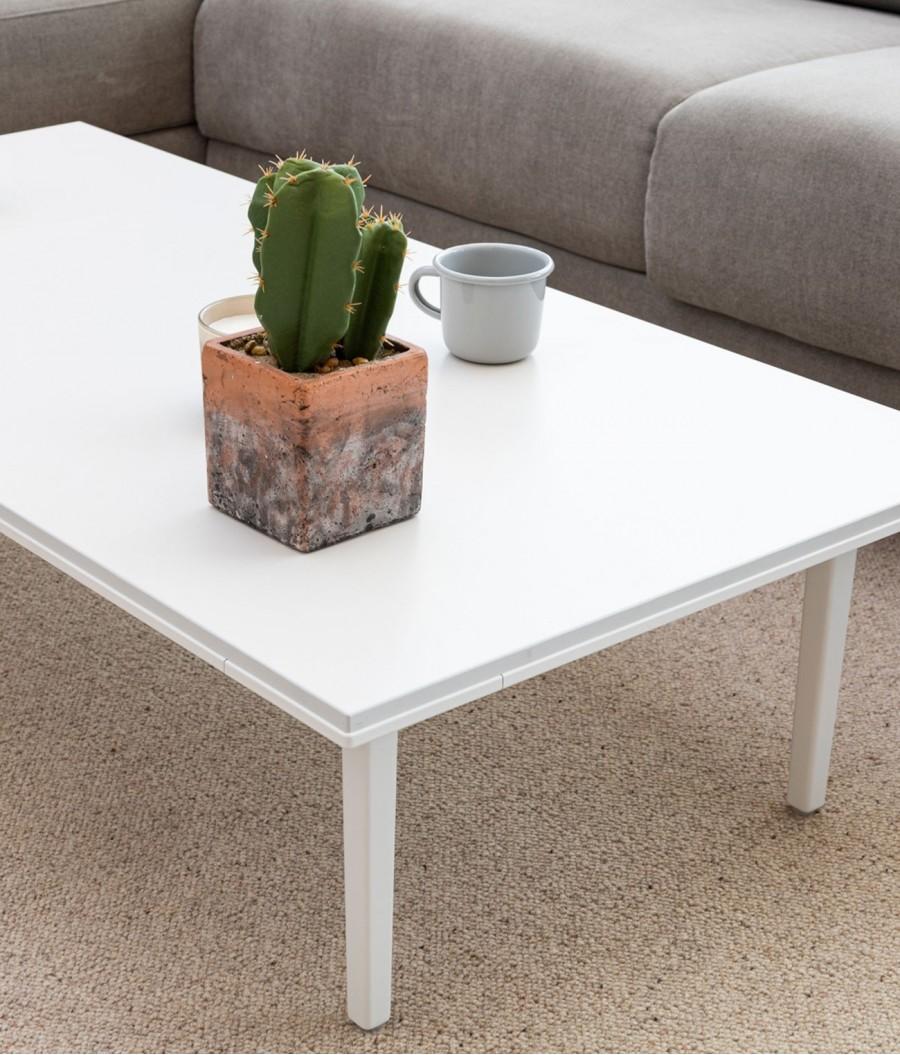 Mesa auxiliar blanca perspectiva