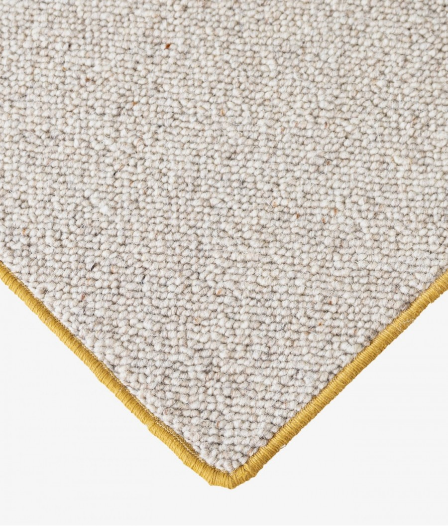 alfombras lana mostaza